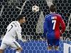Cristiano Ronaldo střílí gól Basileji.
