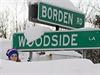 Sněhová kalamita v USA: Ukazatele téměř zapadaly sněhem.
