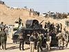 Kurdsk� a ir�ck� ozbrojen� s�ly p�ed zapo�et�m bojov� akce.