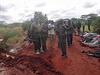 Keňské bezpečnostní složky obhlížejí místo masakru nedaleko Mandery