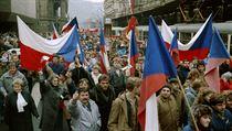 Gener�ln� st�vka trvala 27. listopadu 1989 dv� hodiny. Lid� se vydali na pochod...