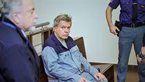 Pra�sk� m�stsk� soud zastavil trestn� st�h�n� l�ka�e Jaroslava Bart�ka za...