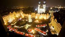 V sobotu se rozsvítil váno�ní strom na pra�ském Starom�stském nám�stí | na serveru Lidovky.cz | aktu�ln� zpr�vy