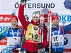 Stupně vítězů. Zleva: Sergej Semjonov, Emil Hegle Svendsen, Michal Šlesingr.