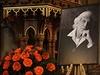 Na Vyšehradě se lidé naposledy rozloučili se zesnulým skladatelem Hapkou.