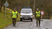 Policie ve Vrběticích, na místě výbuchu munice