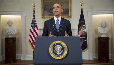 Americký prezident Barack Obama  v oválné pracovn� Bílého domu | na serveru Lidovky.cz | aktu�ln� zpr�vy