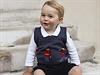 Britsk� princ William a jeho man�elka Kate zve�ejnili t�i ofici�ln� v�no�n�...