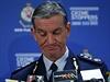 Policejn� komisa� Andrew Scipione promlouv� na tiskov� konferenci o �toku v...