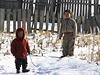 Severokorejsk� d�ti u hranic s ��nou.