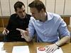 Alexej Navalnyj (vlevo) s bratrem Olegem.