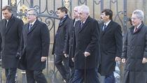 Zeman p�iv�tal Visegr�dskou skupinu, prezidenti budou jednat o doprav�