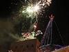 Rozsvícení vánoční stromečku v Jeruzalémě provázel ohňostroj.