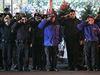 Newyorští policisté salutují mrtvým kolegům