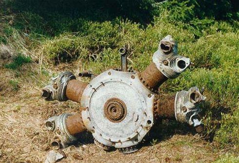 Jeden ze tří motorů značky BMW 1