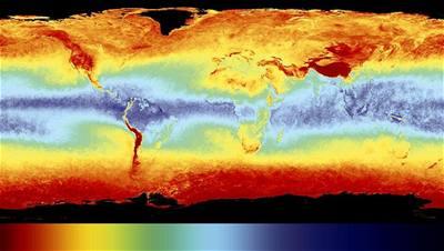 Rozložení vodní páry kolem Země v roce 2006. Kredit: ESA