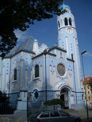 Lechner-Modr� kostel