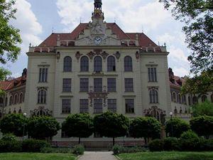 škola Lyčkovo náměstí (foto Jiří Wagner)