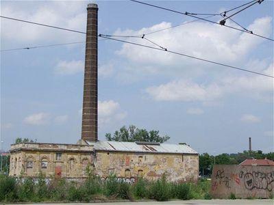Karlín - stará továrna (foto Jiří Wagner)