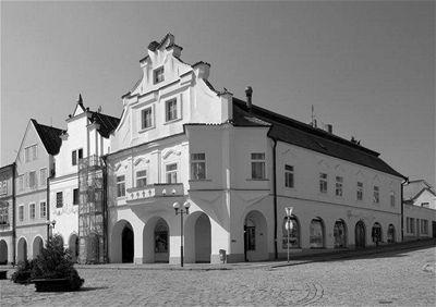 Janák - Fárův dům Pelhřimov1