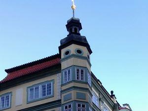 nárožní věž