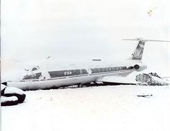TU 134A po řistání na IL 18 OK-NAA