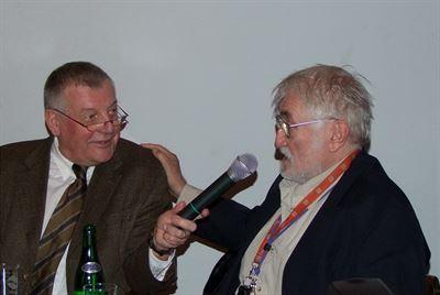Karel Hv��ala a Pavel Landovsk�