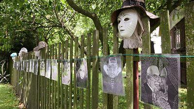 Vondrejs - Galerie na plotě